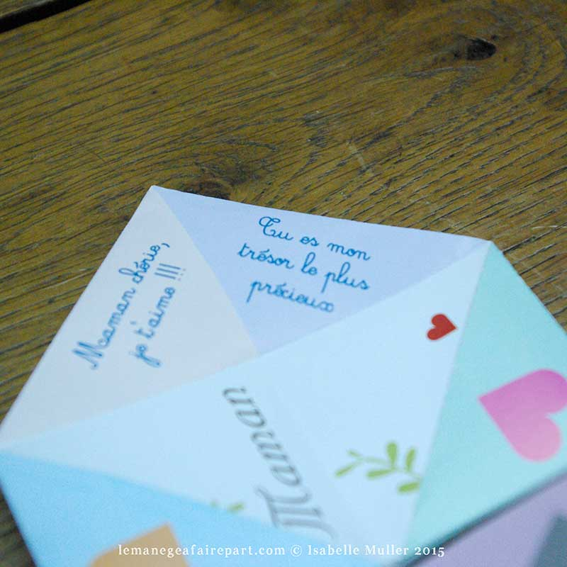 Sous chaque cœur, découvrez un joli message d'amour !
